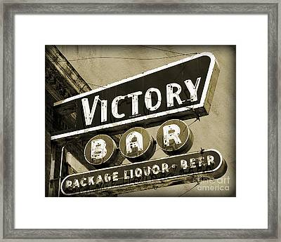 Framed Print featuring the photograph Barhopping At The Victory 2 by Lee Craig