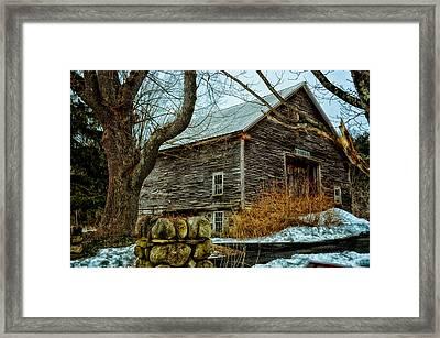 Barn 7087 Framed Print