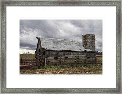 Barn And Silo In Kentucky  Framed Print by John McGraw