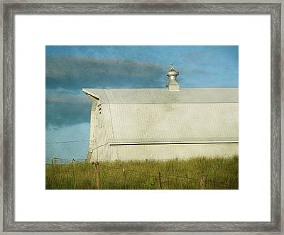 Barn  Framed Print by Cassie Peters