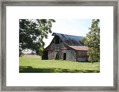 Barn In Missouri Framed Print