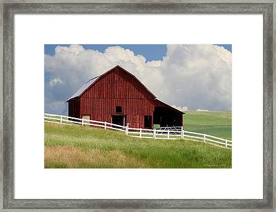 Barn Of The Palouse Framed Print by Melisa Meyers