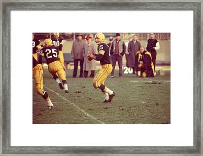 Bart Starr Ready To Throw Framed Print by Retro Images Archive
