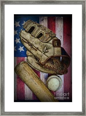 Baseball The Lefty Framed Print by Paul Ward