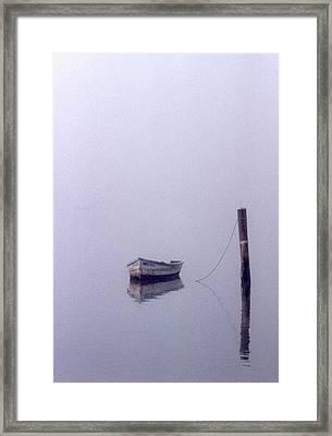 Bateau Framed Print by Skip Willits