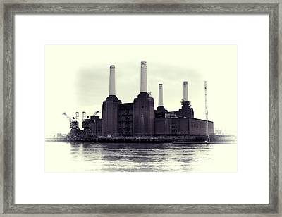 Battersea Power Station Vintage Framed Print