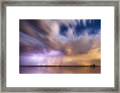 Battle In The Mutara Nebula Framed Print by Scott Stringham