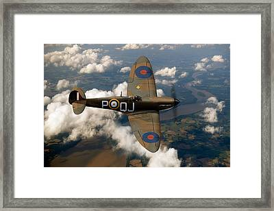 Battle Of Britain Spitfire Framed Print by Gary Eason
