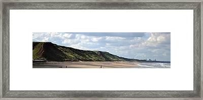 Beach - Saltburn Hills - Uk Framed Print by Scott Lyons
