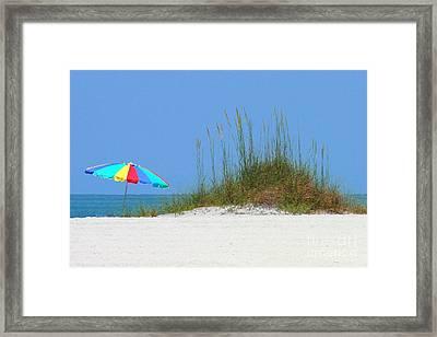Beach Umbrella - Digital Painting Framed Print by Carol Groenen