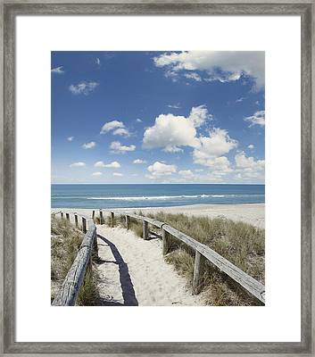 Beach Walk Framed Print by Les Cunliffe