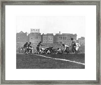 Bears Are 1933 Nfl Champions Framed Print by Underwood Archives