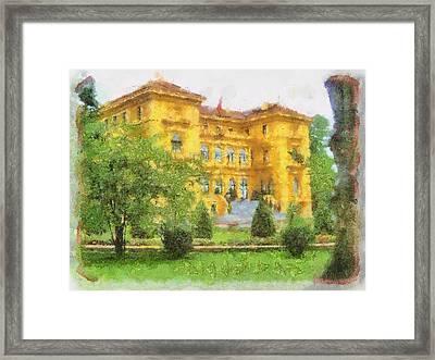beautiful Hotel  Framed Print by Teara Na