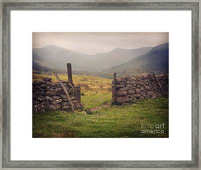 Framed Print featuring the photograph Ben Nevis Mountian Range by Roy  McPeak