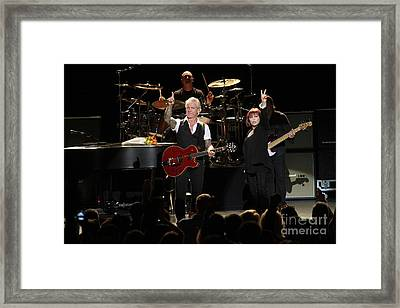 Benatar And Giraldo Framed Print by Concert Photos