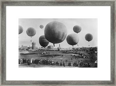 Berlin Balloon Race, 1908 Framed Print by Science Photo Library