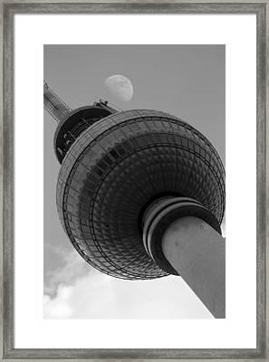 Berliner Fernsehturm Framed Print by Steve K