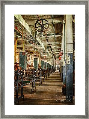 Framed Print featuring the photograph Between The Machines by Vicki DeVico