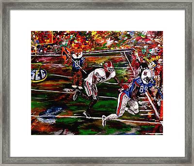 Beware Of The Tiger - Auburn Vs Georgia Football Framed Print