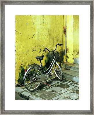 Bicycle 03 Framed Print by Rick Piper Photography