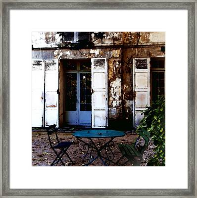 Framed Print featuring the photograph Bistro Table In Montmartre by Jacqueline M Lewis