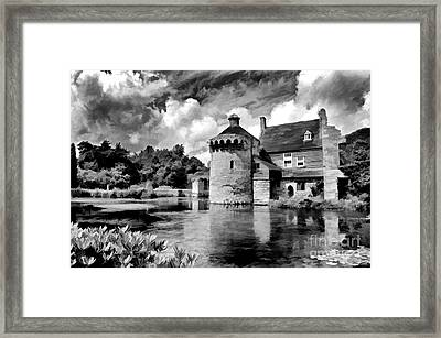Scotney Castle In Mono Framed Print