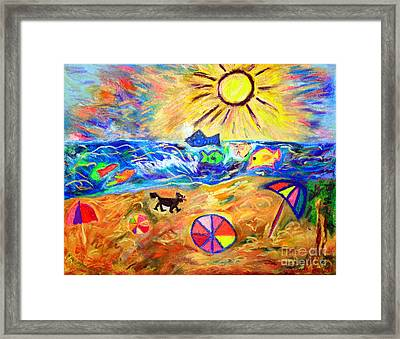 Black Dog On Brighton Beach Framed Print