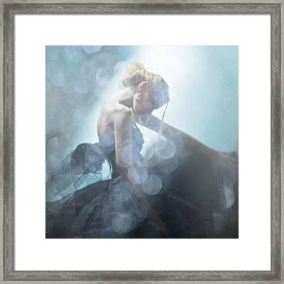 Black Swan Framed Print by Eugenia Kirikova