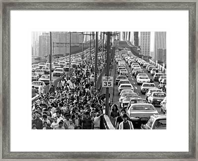 Blackout Jams Brooklyn Bridge Framed Print