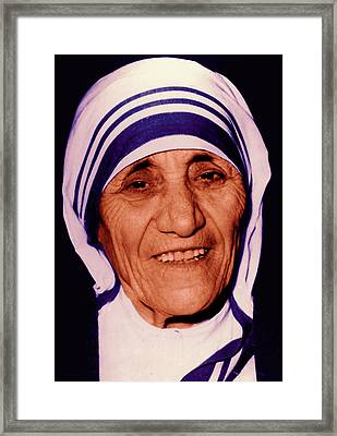 Blessed Teresa Of Calcutta Framed Print by Li   van Saathoff