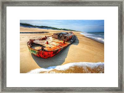 Blood And Guts II - Outer Banks Framed Print by Dan Carmichael