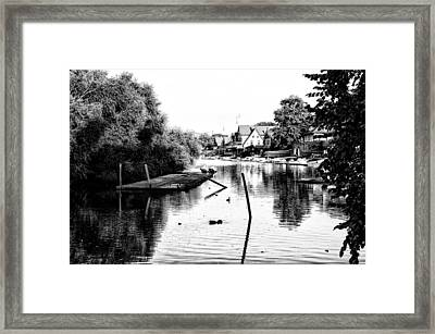 Boathouse Row Lagoon In Black And White Framed Print by Bill Cannon