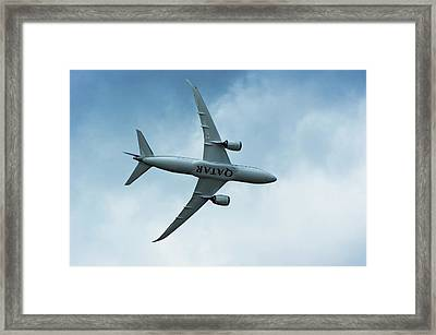 Boeing 787 Dreamliner Framed Print by Mark Williamson