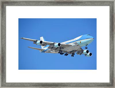 Air Force One Boeing Vc-25a 92-9000 Landing Phoenix Sky Harbor March 13 2015 Framed Print