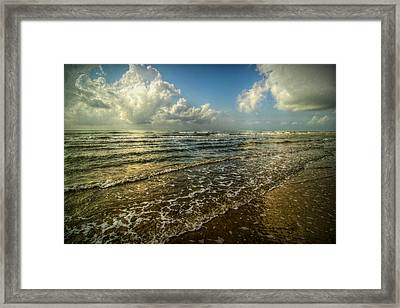 Bolivar Dreams Framed Print by Linda Unger
