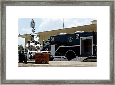 Bomb Disposal Robot Framed Print by Us Air Force/rey Ramon