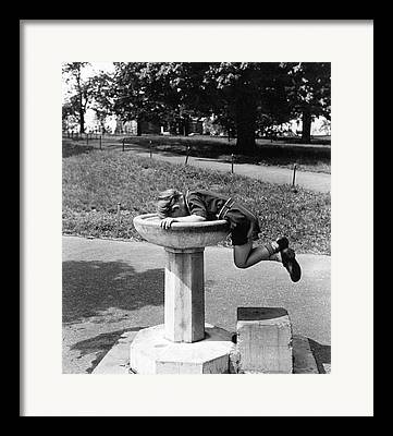 Fountain Framed Prints