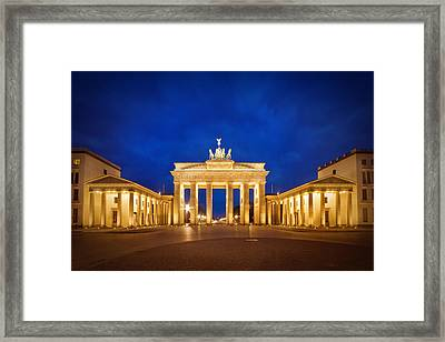Brandenburg Gate Framed Print by Melanie Viola
