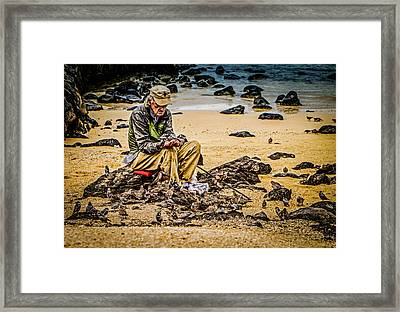 Framed Print featuring the photograph Breakfast With Friends by Rob Tullis