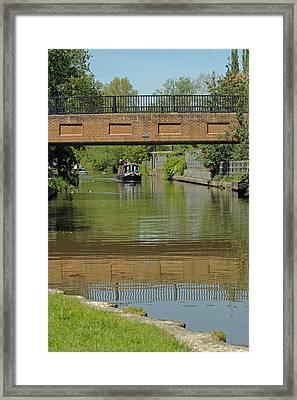 Bridge 238b Oxford Canal Framed Print