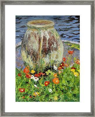 Brookgreen Urn Framed Print by Cecelia Campbell