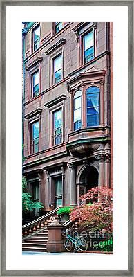 Brooklyn Heights - Nyc - Classic Building And Bike Framed Print
