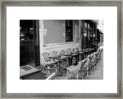 Brussels Cafe In Black And White Framed Print by Carol Groenen