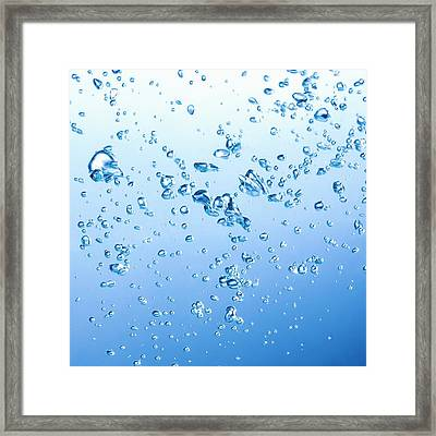 Bubbles In Water Framed Print by Science Photo Library