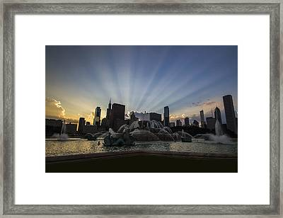 Buckingham Fountain With Rays Of Sunlight Framed Print by Sven Brogren