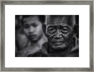 Buddhist Monk Bw1 Framed Print by David Longstreath