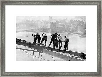 Building The Manhattan Bridge Framed Print