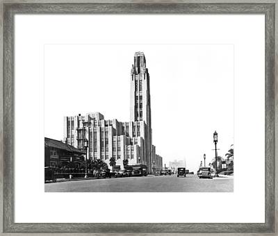 Bullock's On Wilshire Blvd Framed Print by Underwood Archives