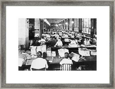 Bureau Of Engraving Framed Print by Underwood Archives