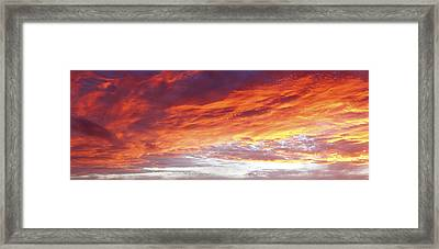Burning Sky  Framed Print by Les Cunliffe